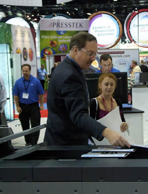 Experts and students alike come together to explore trending business solutions and exciting new profit opportunities at PrintExpo in Chicago, which you'll have the chance to attend.