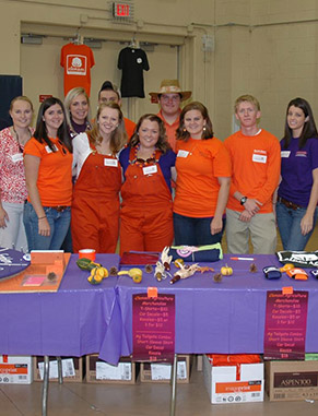 Clemson's Collegiate FFA Chapter provides members professionally relevant workshops, speakers and networking. They also support the S.C. FFA Association through activities such as career development events.